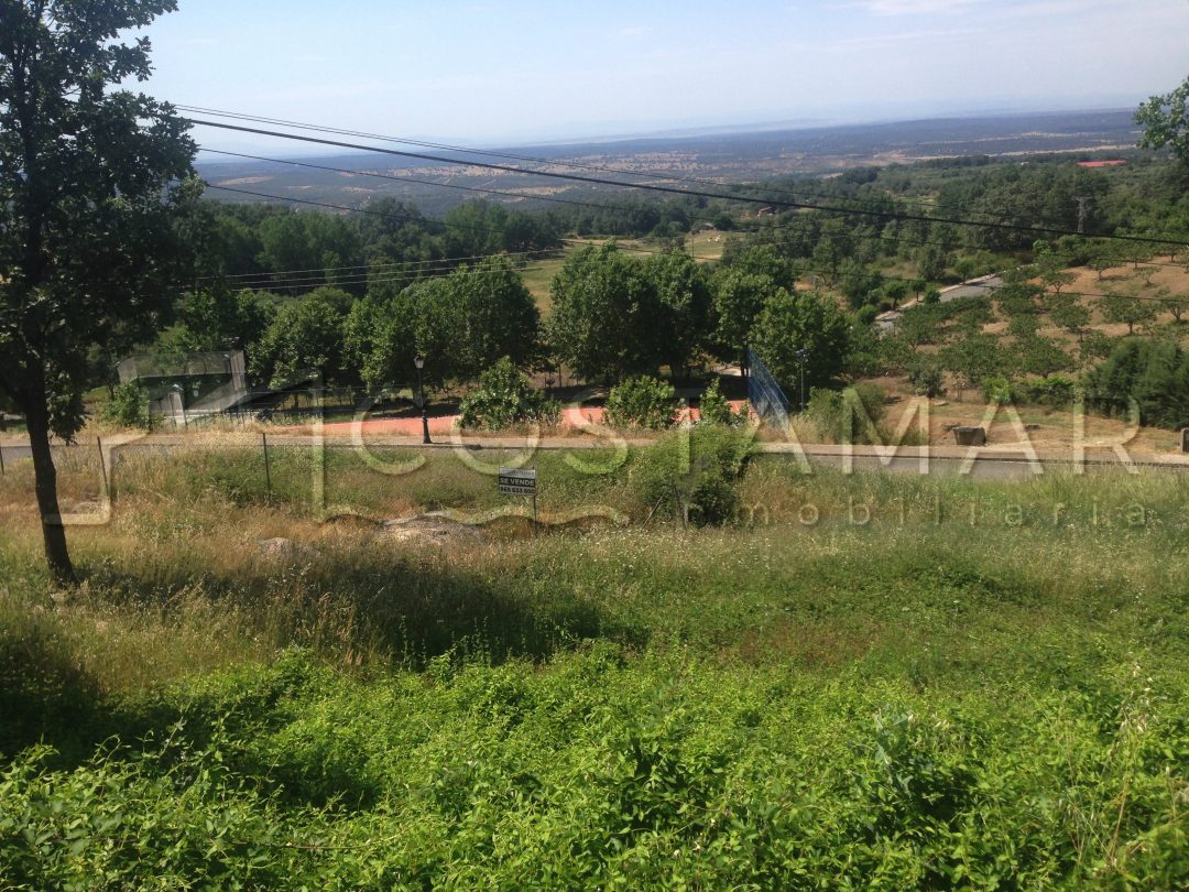 Parcela en Poyales del Hoyo, ladera sur de la Sierra de Gredos en Ávila