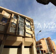 Ref. 27 Campello centro. Vivienda 3 dormitorios con plaza de garaje.