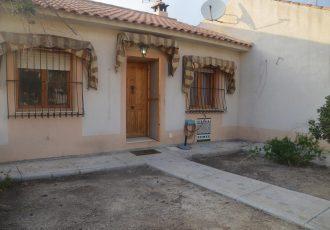 Ref. 38 Casa en Busot de 3 dormitorios. Con parcela de 154 m2.
