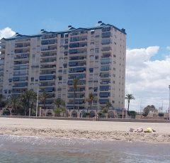 Ref. 52 El Campello. 1ª línea del Paseo Marítimo. Residencial Amanecer. Vivienda 3 dormitorios.