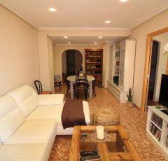 Ref. 16 Campello centro. Vivienda 4 dormitorios con garaje.