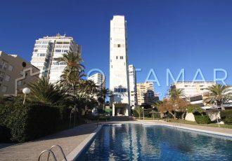 Ref. 38 Playa de San Juan. 1ª línea. Vivienda 3 dormitorios. Urbanización exclusiva.
