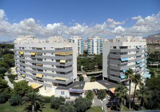 Ref. 8 El Campello. 2ª línea playa. Vivienda 2 dormitorios. Urbanización. Garaje.