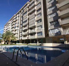 Ref. 20052 El Campello. 3ª línea playa. Vivienda 3 dormitorios. Alquiler anual.