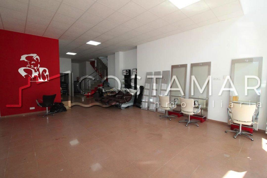 Ref. 20007 El Campello. Local de 240 m2 listo para entrar. Alquiler anual.