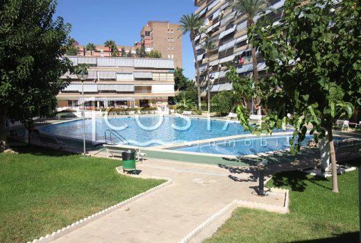Ref. 31 Alicante, Playa de San Juan. Vivienda 2 dormitorios. Urbanización. Piscina. Parking.