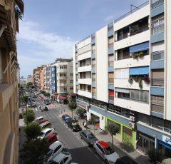 Ref. 20060 Alicante, Benalúa. Alquiler larga duración. Vivienda 3 dormitorios. Garaje y trastero.