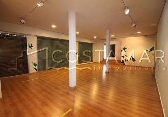 Ref. 6 Alicante centro. Local de 370 m2. Dos patios interiores.